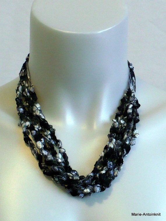 Crocheted Ribbon Necklace in Black & Silver Trellis Ladder Yarn