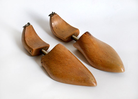 Shoe molds wood Spanish