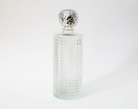 Vintage perfume bottle in cut crystal