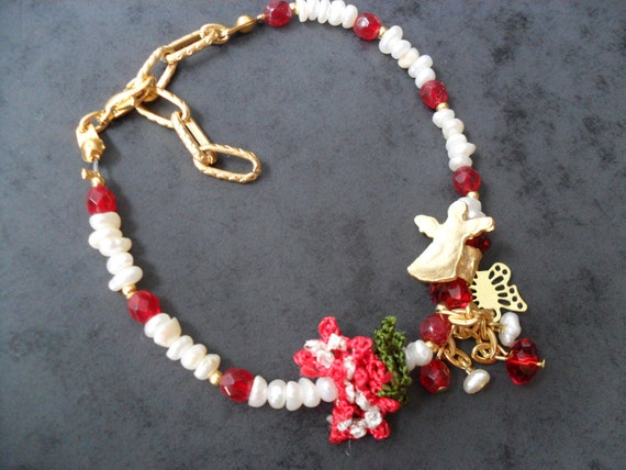 Red and Ivory Bracelet with Waterfresh Pearl, Crystal and Oya Lace - Handmade