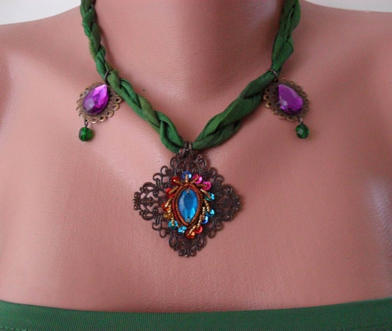 Green And Fuschia Necklace With Silk And Ethnic Items