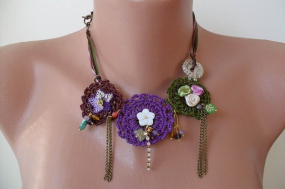 Crochet Necklace with Lace and Fabric Flowers - Speacial Design