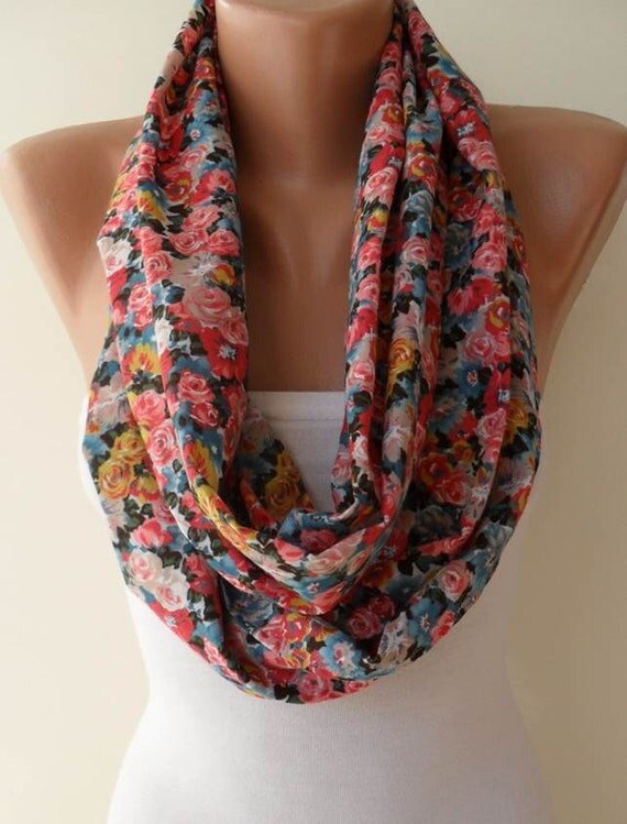 Infinty Scarf - Circle Scarf -  Loop Scarf - Colorful Flowered Fabric