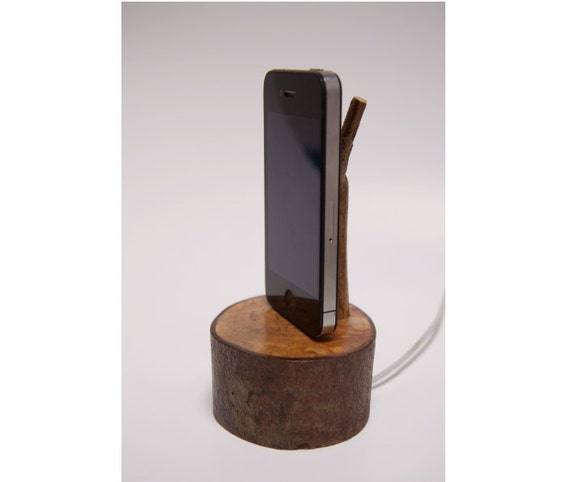 iPhone 4 Wood iPhone Charger / Dock