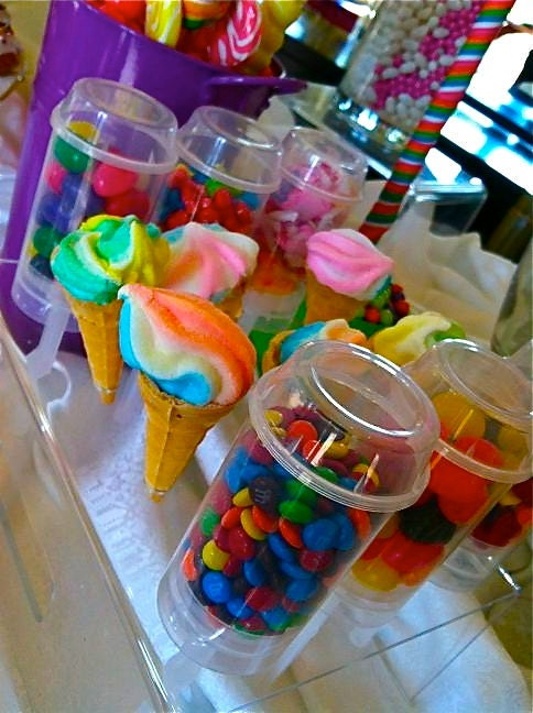 X candy land push up pops filled favors buffet