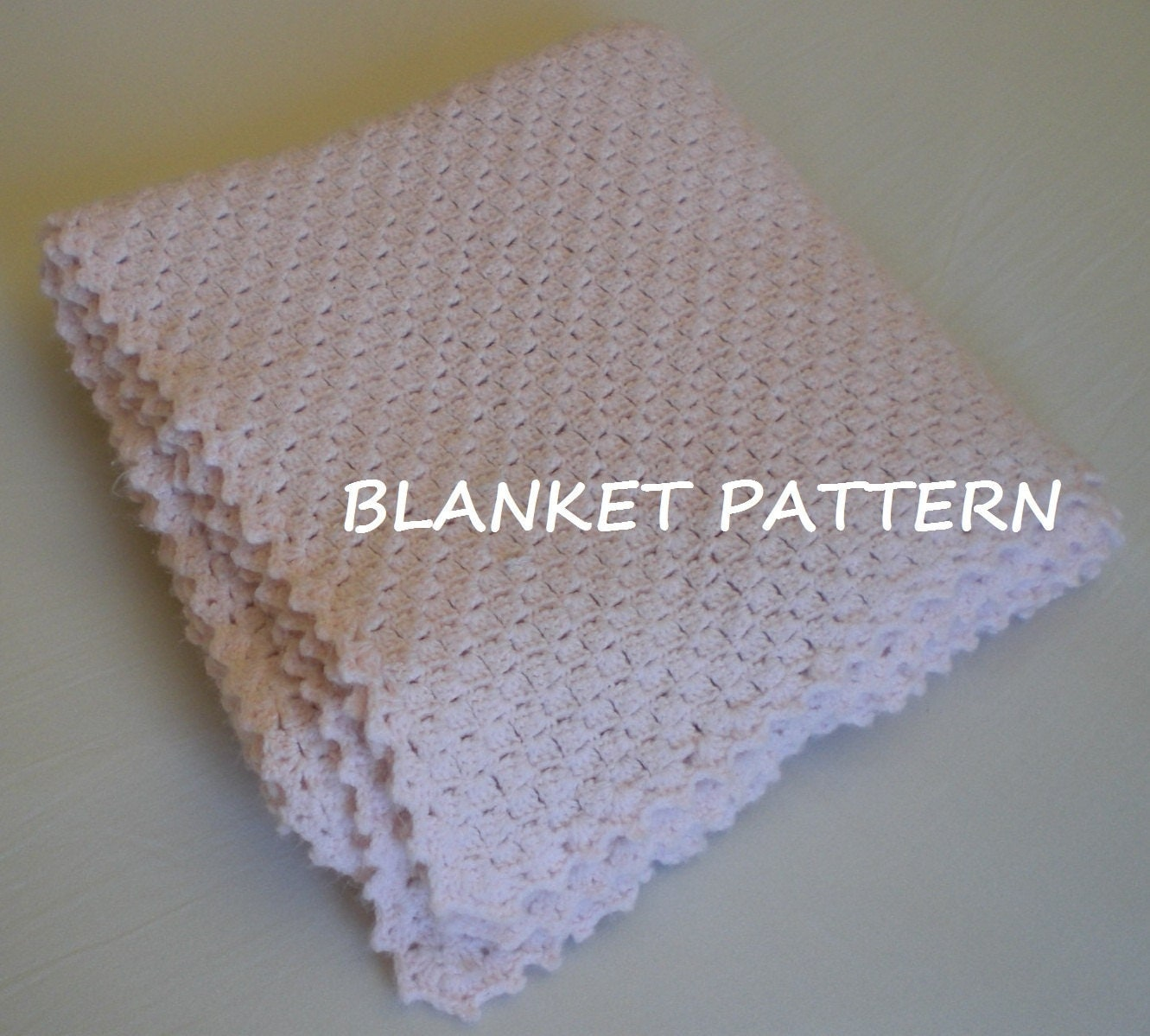 Crochet baby blanket pattern. Really easy. PDF 004.