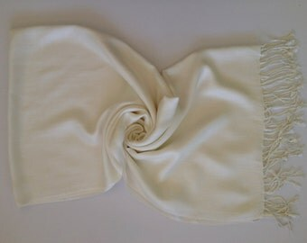 Set of 8 Ivory Pashmina, Pashmina Shalws, Pashmina, Shawl, Wrap, Fashion Scarves, White Pashmina Scarf, bridesmaid shawl, weddings gift