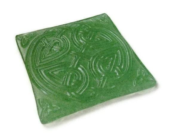 Celtic knot trivet or candle holder or bottle coaster - emerald green fused glass