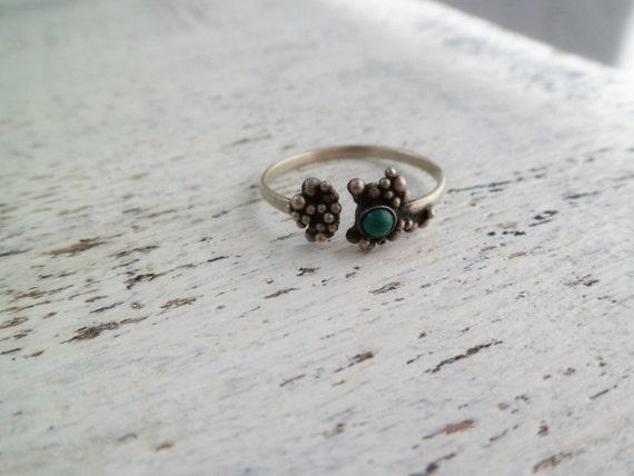 Resereved for Lee               ooak vintage turquoise ring from Georgia
