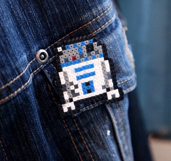 Star Wars R2-D2 Pin Fan Art Brooch or Keychain Accessory