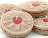 The Jammie Dodger - Jam & Biscuit Scented Candle