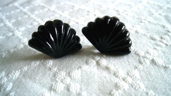 Vintage Black Plastic Fan Earrings-Clip Ons