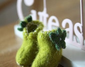 Hand Felted Lime Boots with Flower - For Blythe or similar doll