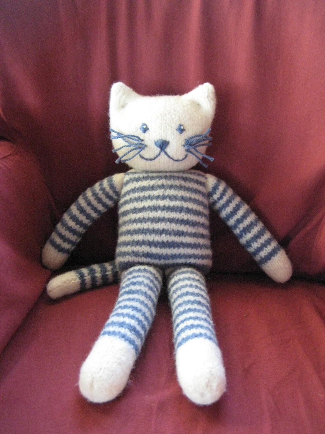 Cat Design Knitting Pattern : Plush Felted Kitty PDF Knitting Pattern Cat stuffed toy