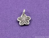 Fine Silver (.999) Thai Hill Tribe Handmade Cute Flat Flower Charm / Pendant, Stamped Leafy Pattern one side,Light Oxidation,(4 PCS) HT 8067