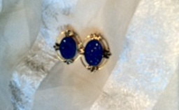 Comfy Clip on Earrings Vintage Hand Carved Cobalt Blue Japanese Cabs in Silver or Gold