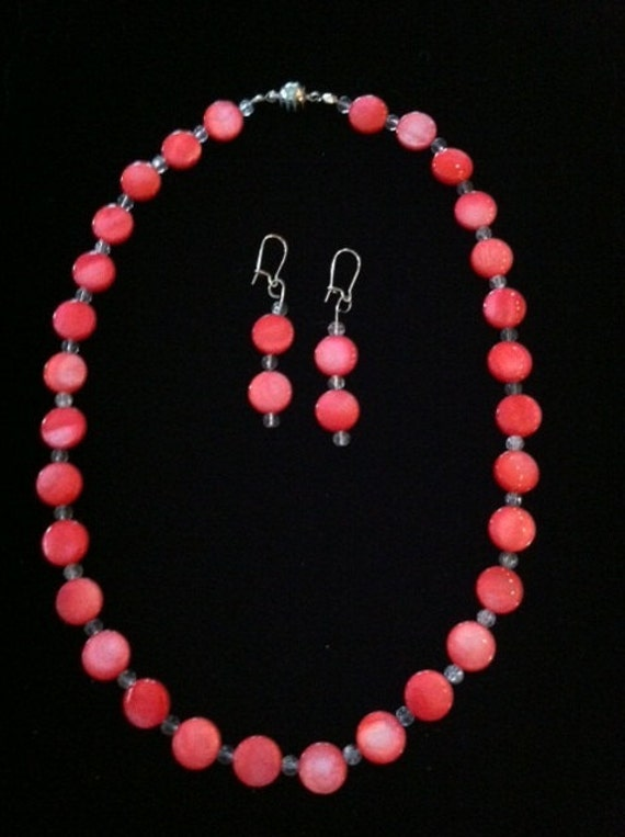 Glowing Red MOP Necklace & Earring Set