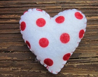 Felt Heart ornaments-Polka Dot Hearts-heart Bowl fillers-handmade ornaments-love gifts-christmas ornaments-Valentines