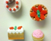 Delicious Dessert Magnets: Sweet Cakes & Cupcakes --Set of 4--