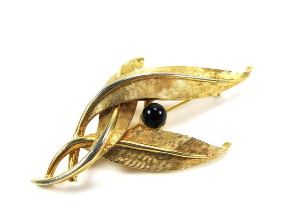 60s Vintage Brooch Boucher Signed Pin Textured Gold Tone Leaves Feathers