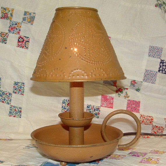 "Vintage Punched Tin Country Lamp - 10"" Electric Candlelight"