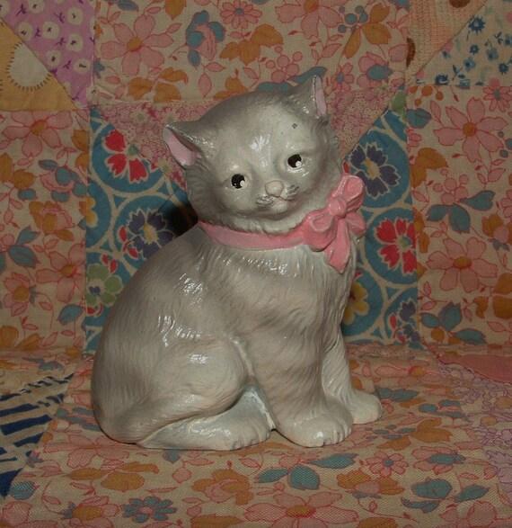 Vintage METAL Cat, Kitten Paperweight similar to Hubley