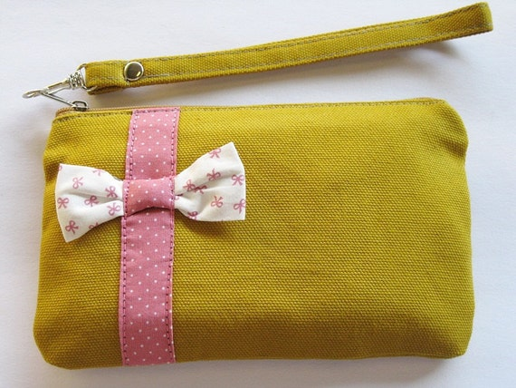 Little  Bow Mustard  Clutch  - iPhone  Wallet,iPhone  Wristlet, iPhone Wristlet,Cell Phone Wristlet,Zipper Pouch,Wristlet