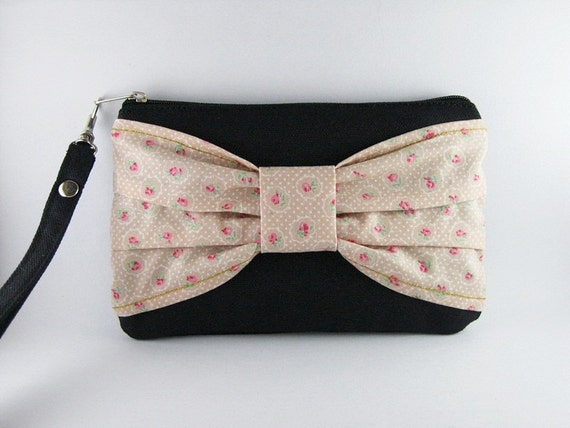 Big Bow ( Black ) - iPhone Purse, Cell Phone Wristlet, Camera Bag, Cosmetic Bag, Zipper Pouch