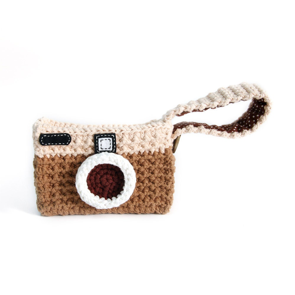 Crochet Easter Bag Pattern : Crochet Camera Everyday Bag by Meemanan on Etsy