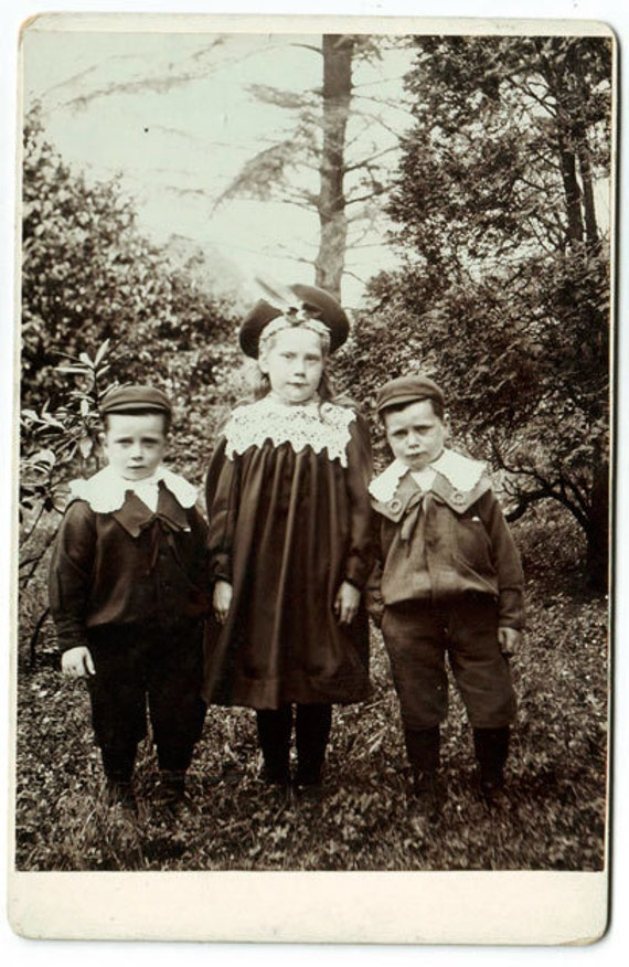 c.1900 bored children in the forest. Cabinet card cdv Photo