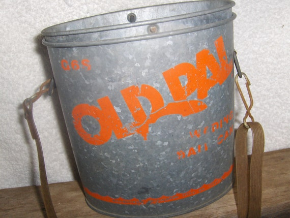 50s Old Pal Metal Oval Wading Bait Bucket Box with Pierced Lid and Strap