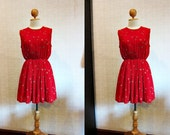 Lovely Vintage Dress / Red / Floral / Small - Medium