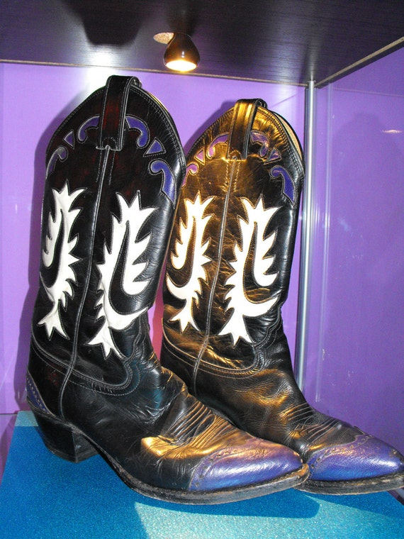 Justin Boots vintage cowboy retro style boots