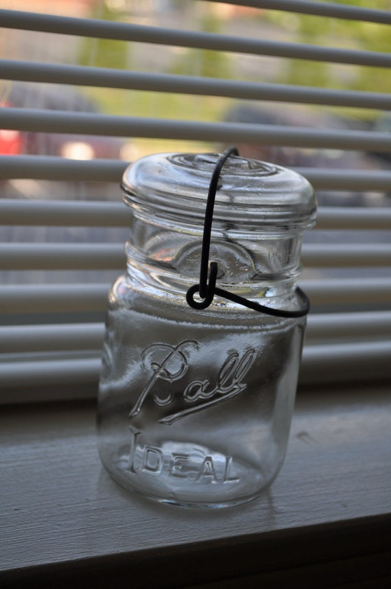 Antique clear glass canning ball jar, made between 1930-1960 - great condition