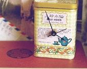 Chinese Oolong Tea Tin Desk Clock