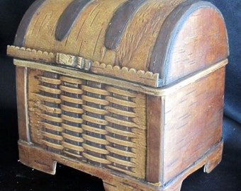 Treasure Box for anything / A perfect hand carved Gift....from Birch Bark