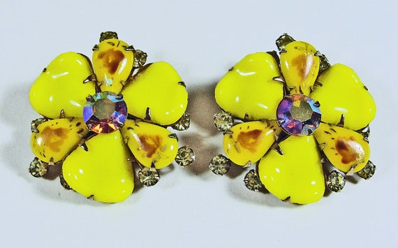 Yellow Glass Flower Earrings - AB Gold Rhinestones Clip On - Floral Vintage Mid Century 1950s