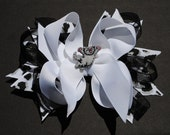 """New Boutique grey with stripes Kitty Cat Black & white hair bow clip sz Large 5"""""""