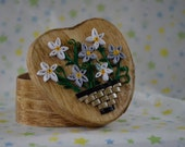 Quilled Heart Shaped Trinket Box with Daisies