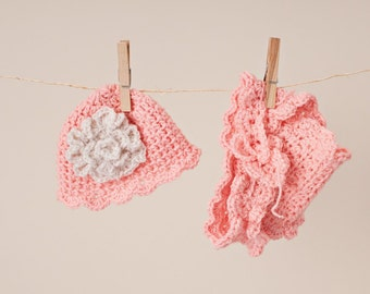 Newborn/Toddler Crocheted Lacey Peach Hat and Diaper Cover/Baby Photo Prop
