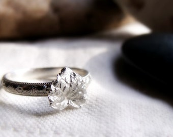 Leaf Ring - Sterling Silver - Floral Pattern Stacking Band - Heart Shaped - 4, 5, 6, 7, 8 ,9, 10 1/2 Sizes Available