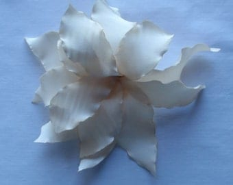 Handmade flower lily. Hair clip / Pin brooch