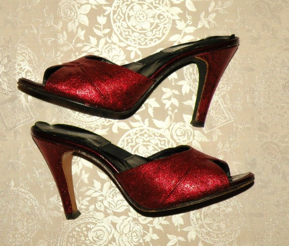 Vintage 1950's DOROTHY Pin Up Red Glitter SPRINGOLATOR High Heels - Sparkling & Eye Catching