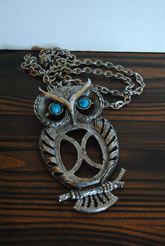 1970's Turquoise Owl Pendant Necklace - Bird Jewelry Womens Funky Silver Tone Blue Accessory Spring Summer Fashion