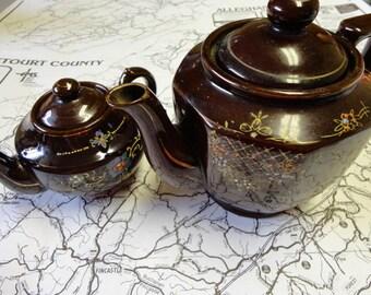 Vintage Teapot and Creamer Set