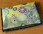 Green floral wallet