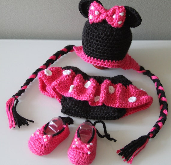 Minnie Mouse Crochet Hat, Diaper Cover and Shoes 3 mo - Reserved for Lacy