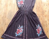 Reserved for Jennifer - Vintage Bohemian Floral Graphic Sundress, 1970's/80's, size M/L