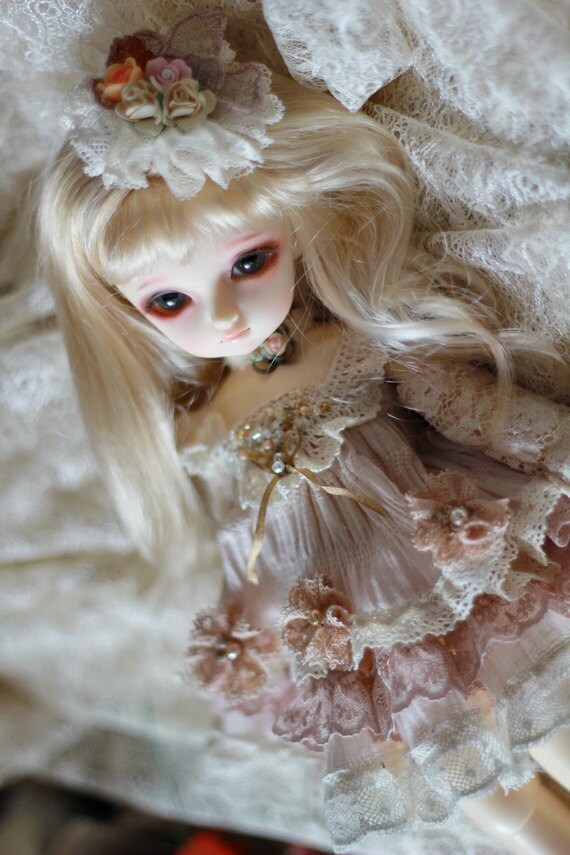 Classic lace dress For YOSD design by ChillyQi
