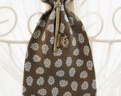 Dapper Vintage Handmade Tie/Cravat with Key - Louise